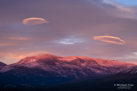 UFOs over Mammoth Peak