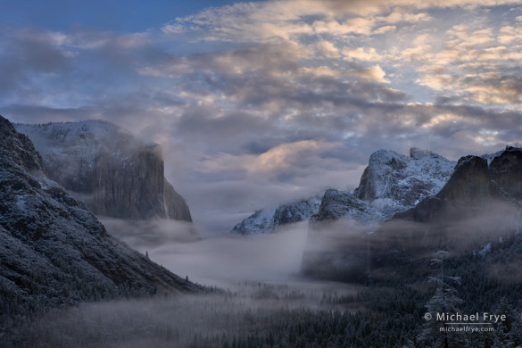 Winter sunrise from Tunnel View, Yosemite NP, CA, USA