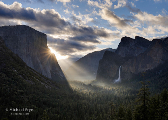 Sunbeams from Tunnel View, spring, Yosemite NP, CA, USA