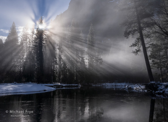 Sunbeams and mist along the Merced River, Yosemite NP, CA, USA