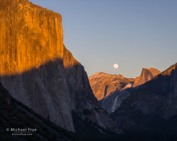 Moonrise from Tunnel View, Yosemite NP, CA, USA