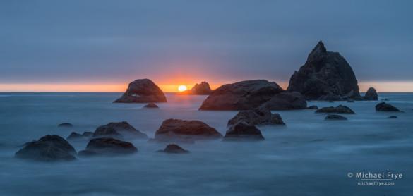Sea stacks at sunset along the northern California coast, Redwood NP, CA, USA