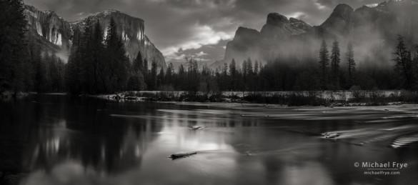 Morning light, Gates of the Valley, Yosemite NP, CA, USA